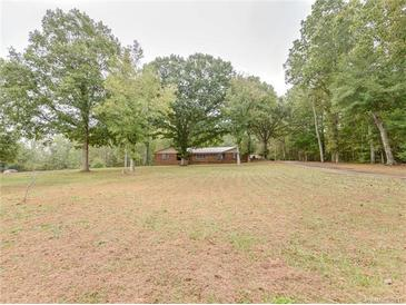 Photo one of 2611 Greenleaf Rd Clover SC 29710 | MLS 3325741