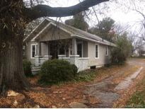 View 2305 N Main Ave Newton NC