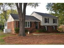 View 7110 Abbotswood Dr Charlotte NC