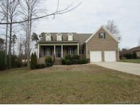 View 142 Fairway Dr Mooresville NC