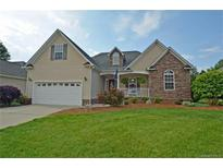 View 1462 Plantation Hills Dr Rock Hill SC