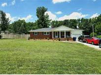 View 6912 Landsford Rd Marshville NC