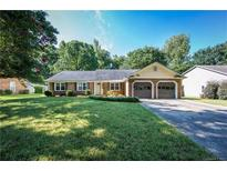 View 4014 Foxmoor Dr Charlotte NC