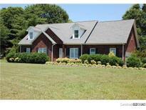 View 1206 Suzanne Cir Oakboro NC