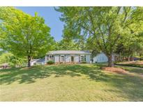View 2327 Turnberry Ln Charlotte NC