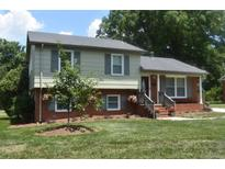 View 3018 Rosehill Dr Charlotte NC