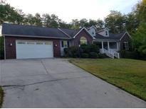 View 412 Grapevine Cir Taylorsville NC