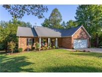 View 1675 6Th Se St Hickory NC